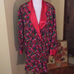 VICTORIA SECRET sz MEDIUM floral Satin Sleep-shirt